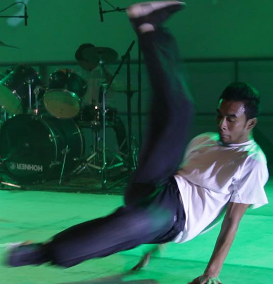 apprendre hip hop marseille, hip hop aubagne, hip hop st menet, danser hip hop, cours hip hop marseille