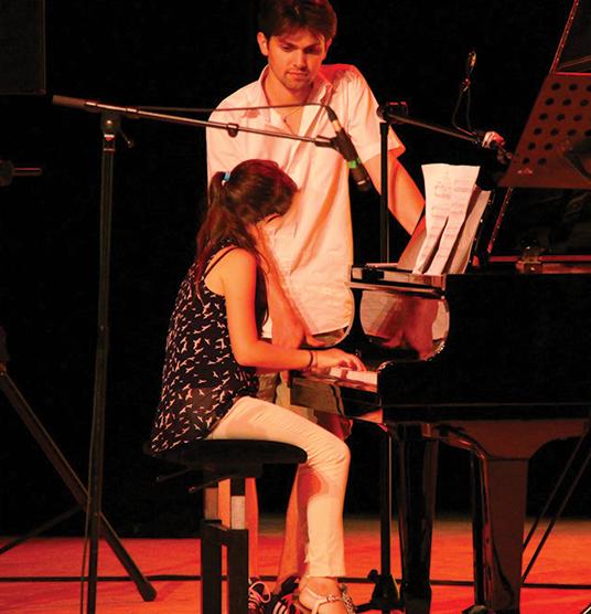 cours piano Aubagne, cours piano marseille, apprendre à jouer piano Aubagne, apprendre à jouer piano marseille, art generation